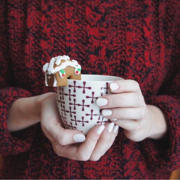 gingerbread house mug topper 2017